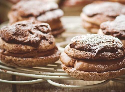 糖在兰州烘焙原料中的不同作用|鸿荣维尚供