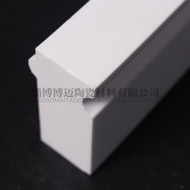 江苏硅微粉耐磨陶瓷衬砖经济实用
