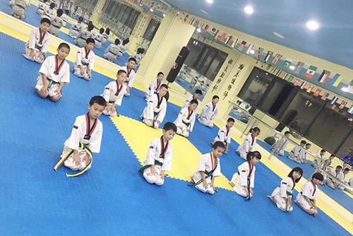 吴中区少儿跆拳道培训课「艺尚宝贝供应」