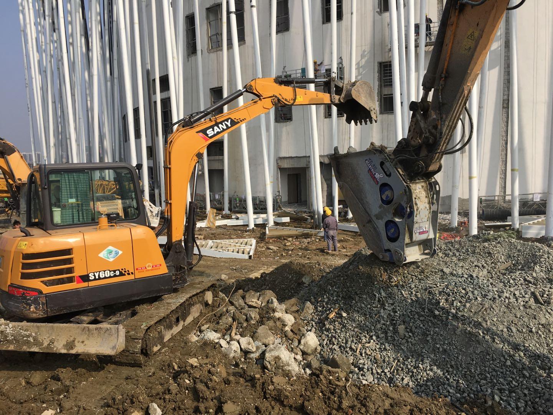 上海专业挖掘机租赁性价比高,挖掘机租赁