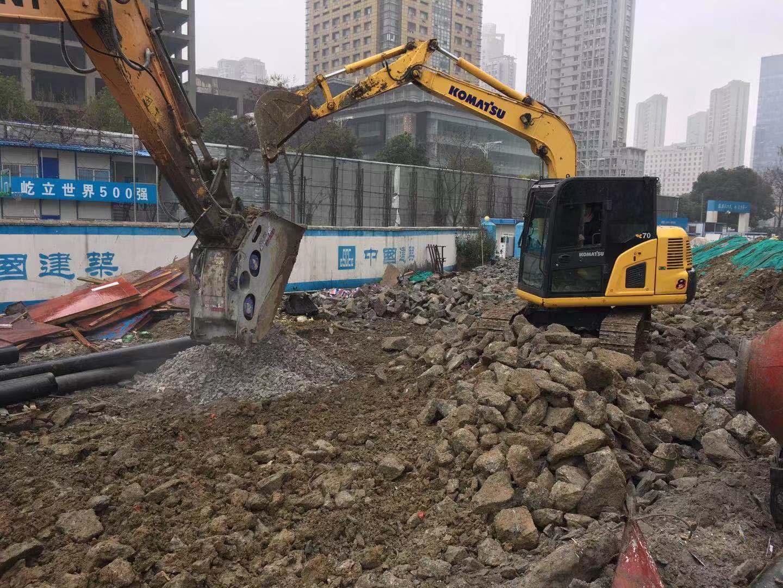 安徽原装挖掘机租赁价格,挖掘机租赁