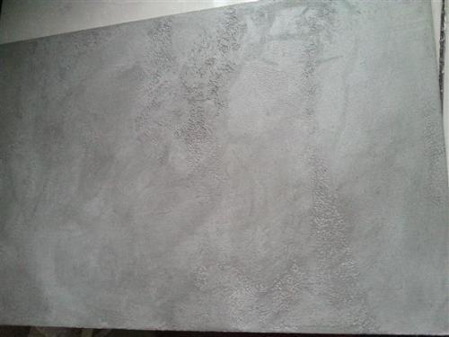 水泥漆的特点: 清水混凝土漆具有优异的紫外吸收和红外线反射的特性,具有一定的隔热功能,具有优良的抗老化性、耐酸碱性,耐候性可以保持二十五年以上。 具有优良的防水特性和自洁性。可以使水在建筑物表面呈现水珠状自动滑落,不会渗入墙体。碳氢化合物及油污、细等沾附在表面上的物质在光的照射下经其催化,能被氧化成气体或易擦掉的物质。 耐擦易洗,漆膜精致,色泽持久,外表细腻亮丽。因为仿清水混凝土漆的分子直径比砂浆颗粒小很多,污染物颗粒不会与漆膜发生作用,而只会浮在漆膜表面,闽侯口碑好的水泥漆哪家好,所以非常容易清洁。漆膜
