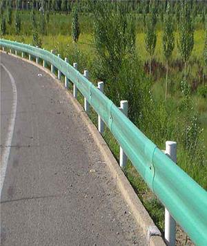 桐柏县销售护栏需要多少钱,护栏