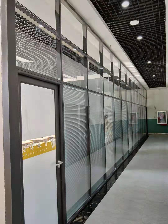 张掖移动高隔墙 服务为先 兰州策祥装饰材料供应