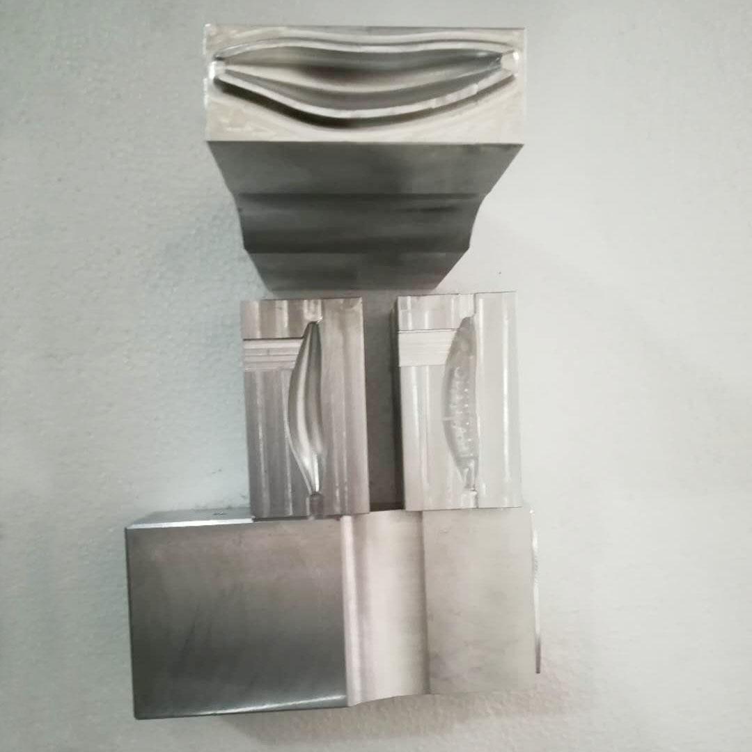 超声波焊头开封超声波焊头,超声波焊头