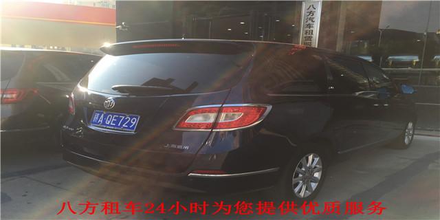 南昌带司机租车 南昌八方汽车租赁服务供应