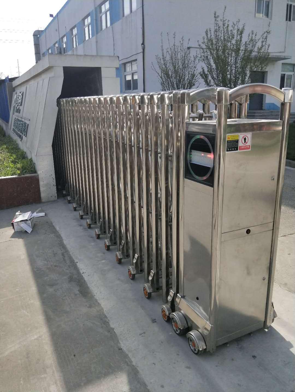 蚌埠有轨伸缩门价格多少 诚信经营 蚌埠市宏润门窗供应
