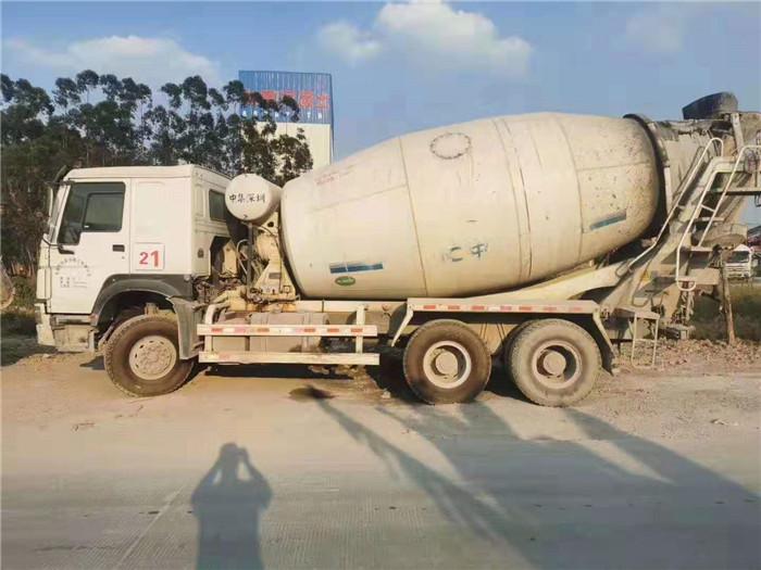 成都二手混凝土搅拌车货真价实,混凝土搅拌车