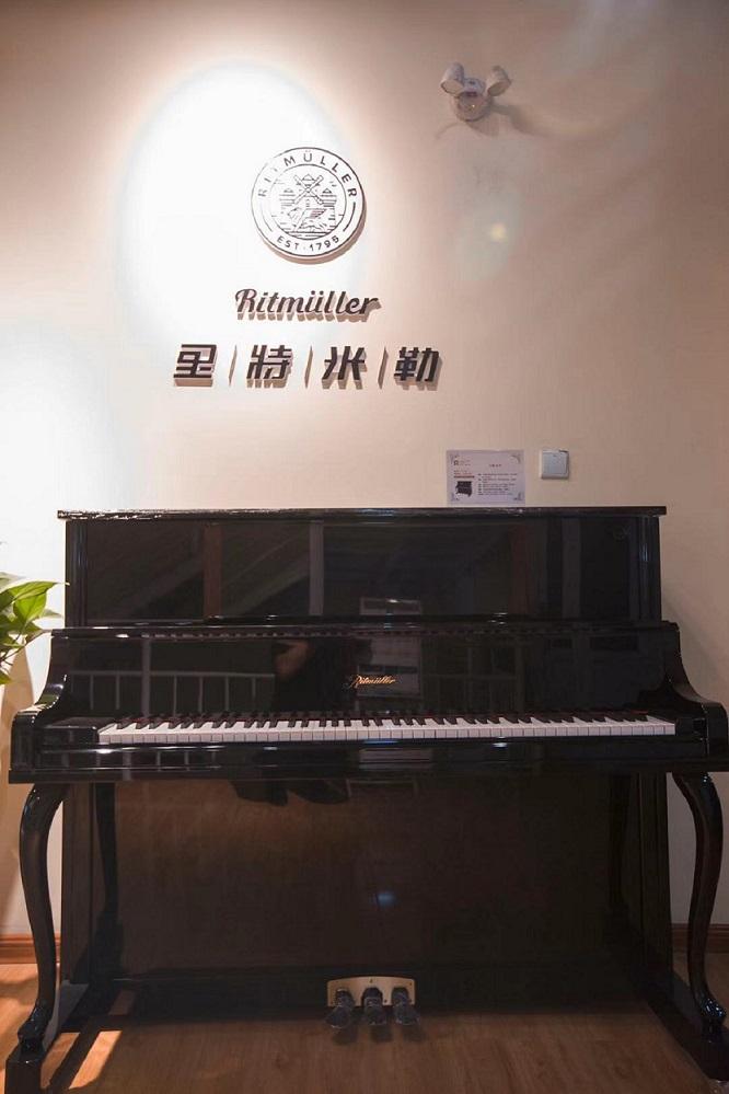 洛阳钢琴一般多少钱「洛阳四五度乐器供应」