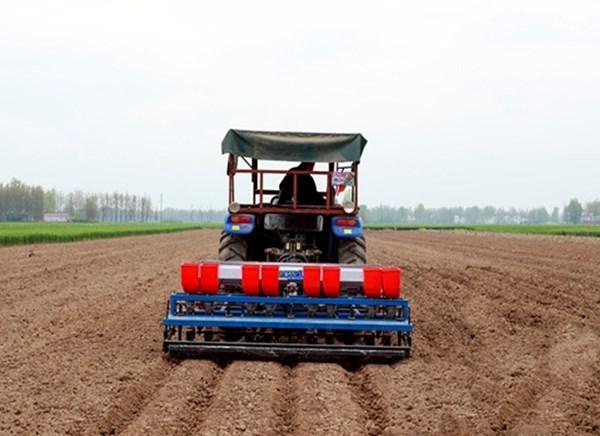 陕西正规花生播种机一小时可种多少亩 值得信赖「河源市李旭农业机械设备供应」