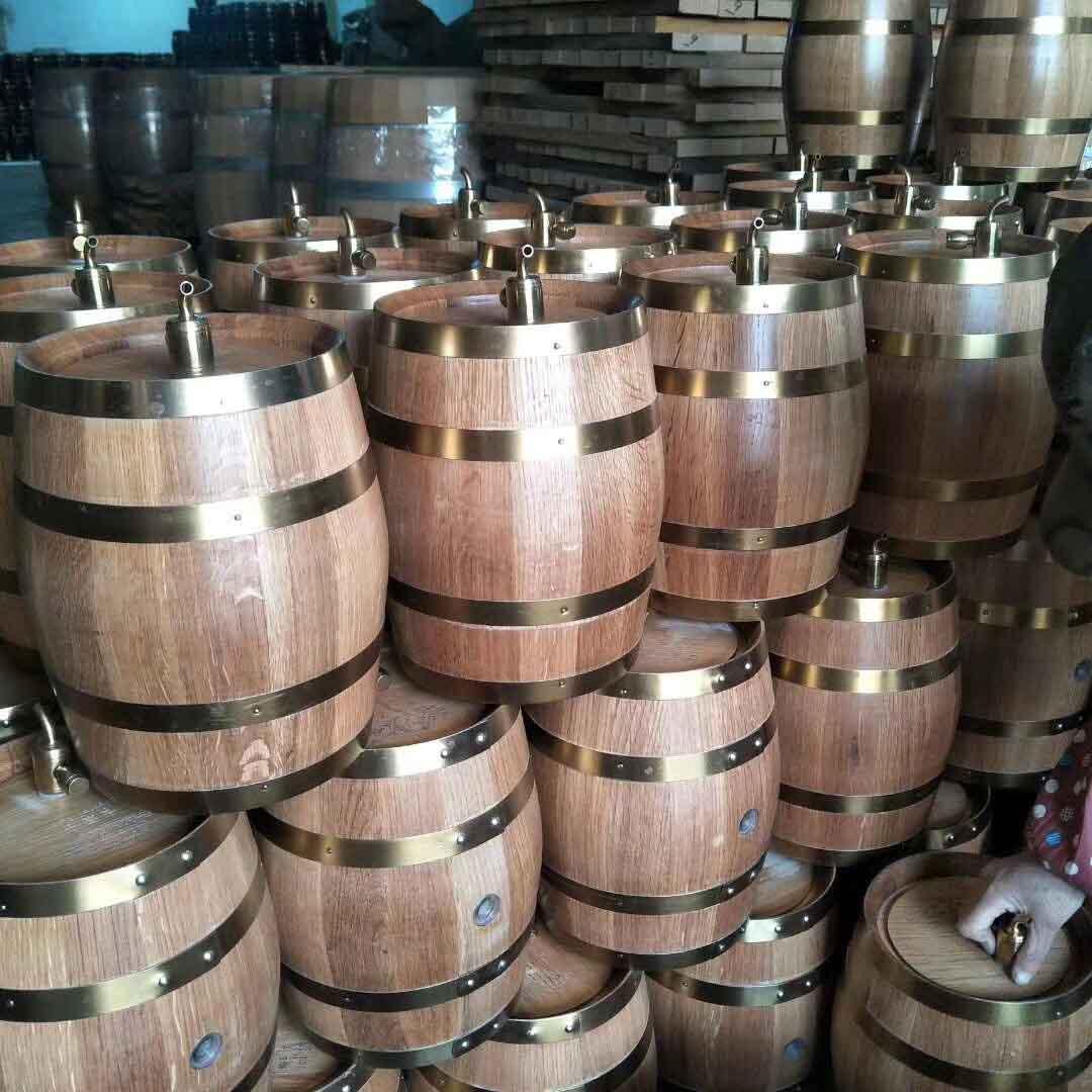 山东红酒橡木桶进口,橡木桶