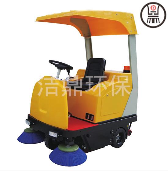 安徽驾驶式半封闭扫地机多少钱一台 山东洁鼎环保科技供应