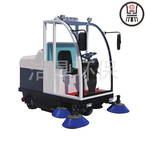 甘肃驾驶式半封闭扫地机现货供应 山东洁鼎环保科技供应