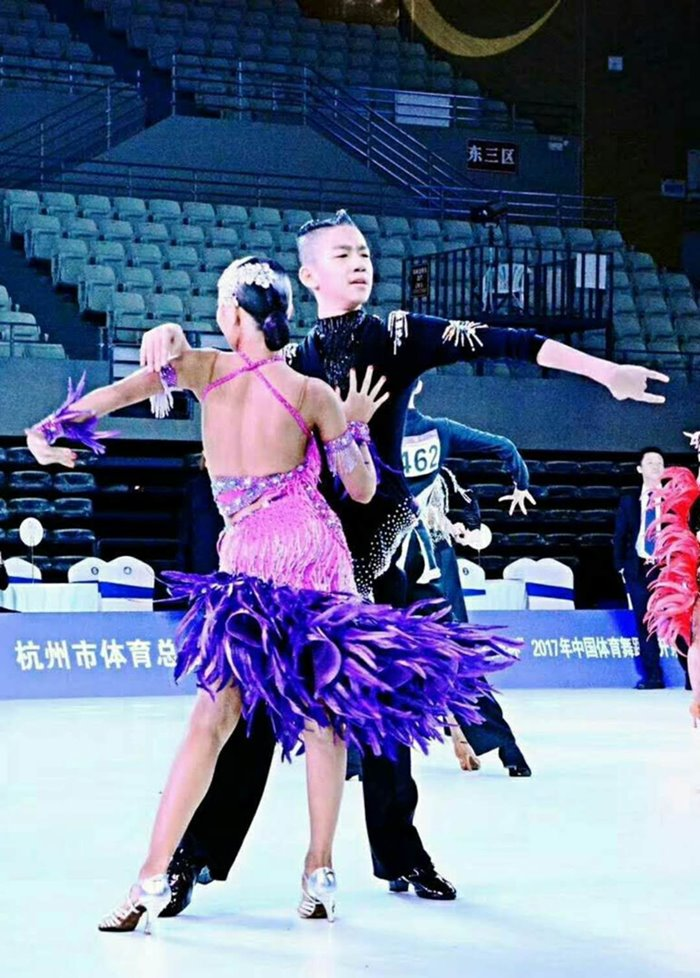 蚌埠高新区女童国标舞比赛 值得信赖 蚌埠市领航舞蹈供应