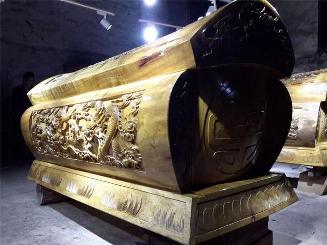 阿勒泰规格齐全殡葬用品厂家供应「新疆龙兴德商贸供应」
