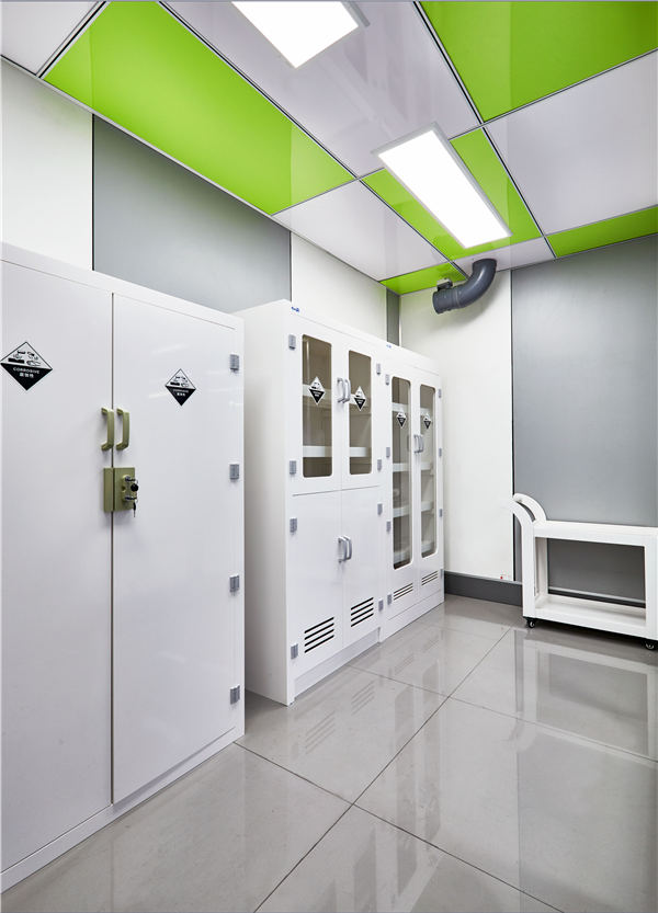 青岛玻璃通风柜安装「淄博豪迈实验室供应」