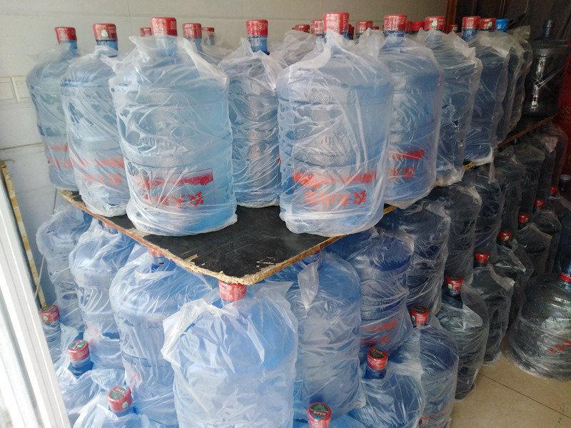 西安灞桥区送水价格 西安市高新区咕咚桶装水配送供应
