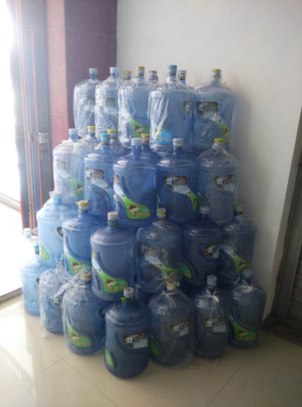 莲湖区正规纯净水多少钱 欢迎来电 西安市高新区咕咚桶装水配送供应
