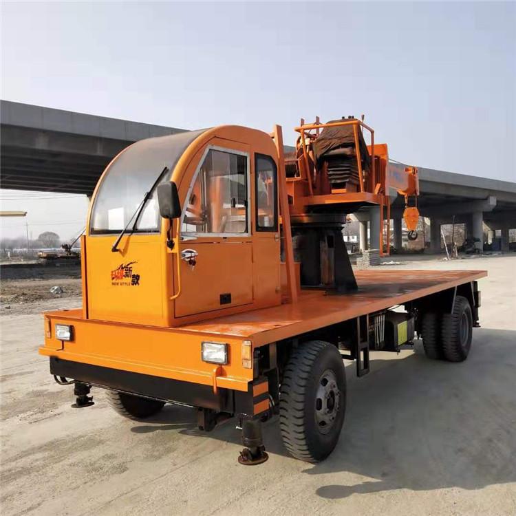 吉林六驱随车吊多少钱 欢迎来电 济宁市恒泰源工程机械供应