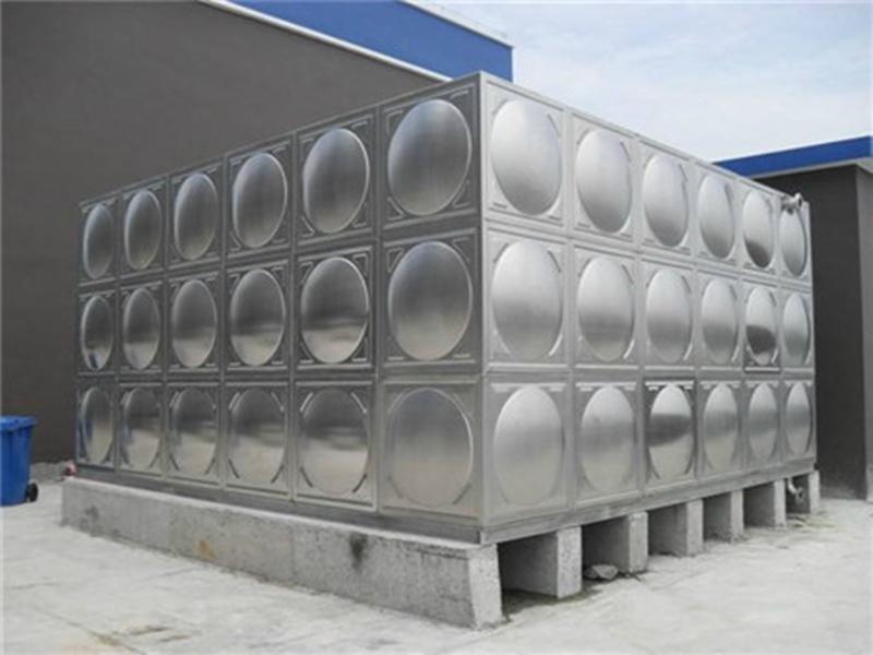 贵阳订做不锈钢水箱多少钱,不锈钢水箱