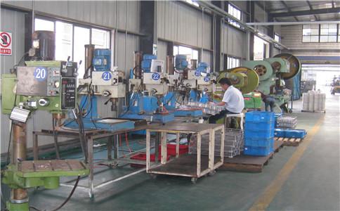 車間鋁加工硬質氧化「上海錦鋁金屬制品供應」