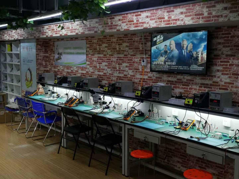 杭州小米手机维修地址 贴心服务「蚌埠半小时科技供应」