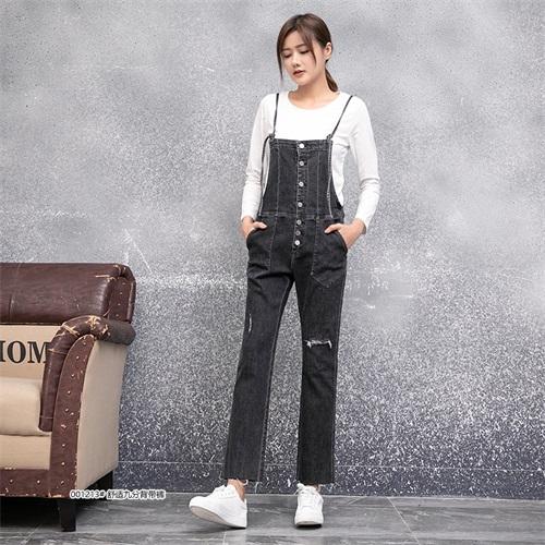 保质保量的牛仔裤批发全国发货「本色服饰供」