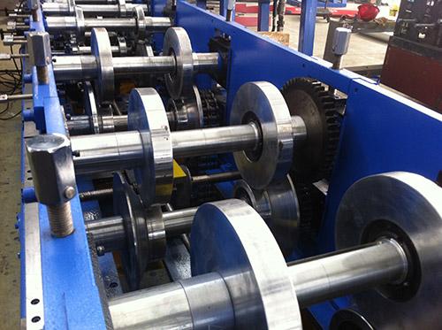江苏数控C型钢机生产商家 华恒供应