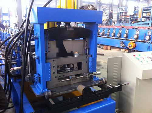 全自动变换C型钢机推荐 华恒供应