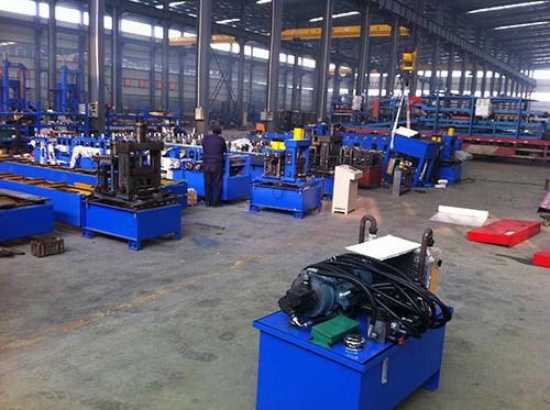 上海優質C型鋼機價格 華恒供應