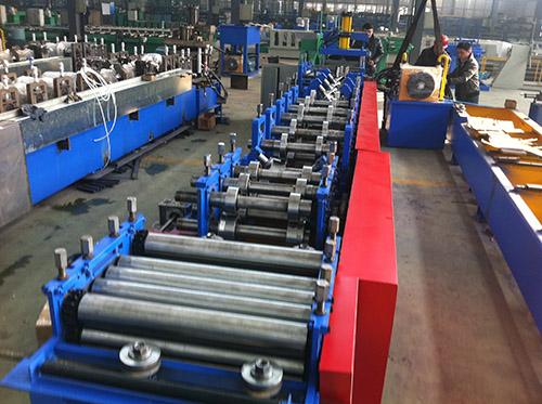 全自动变换C型钢机报价 华恒供应