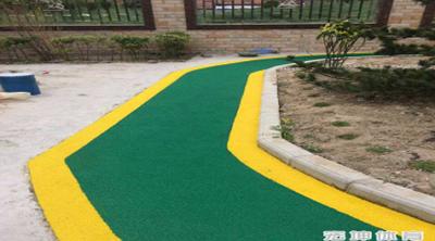 锡山区学校塑胶跑道施工「宏坤供应」