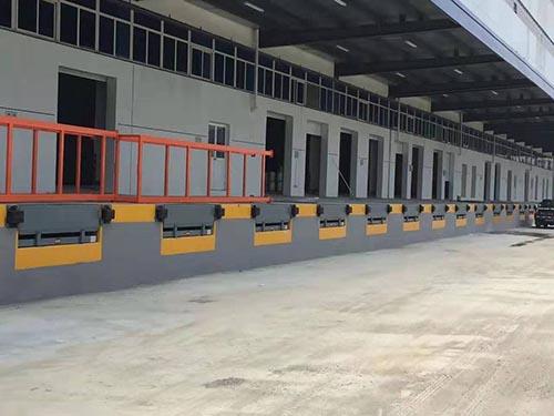台州固定登车桥多少钱 卓钢升降机械供应
