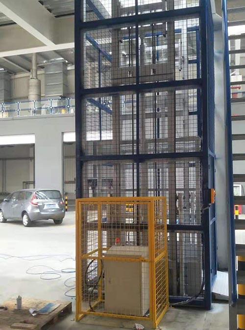 山东导轨式升降机供应厂家 卓钢升降机械供应
