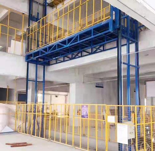 云南导轨式升降机推荐厂家 卓钢升降机械供应