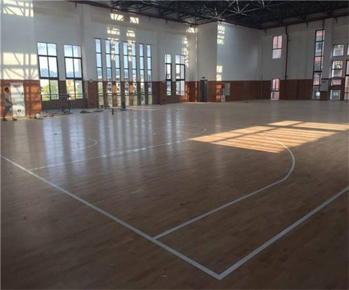 盐城室内木地板球场报价,木地板球场