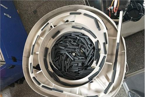 震动盘的原理_广东自动送料振动盘 震动盘原理