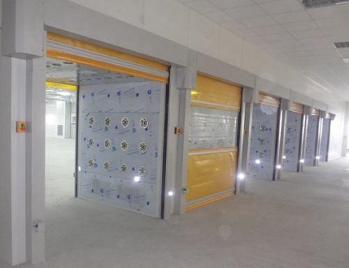 山西PVC快速卷帘门货淋室多少钱 荣亦信供应