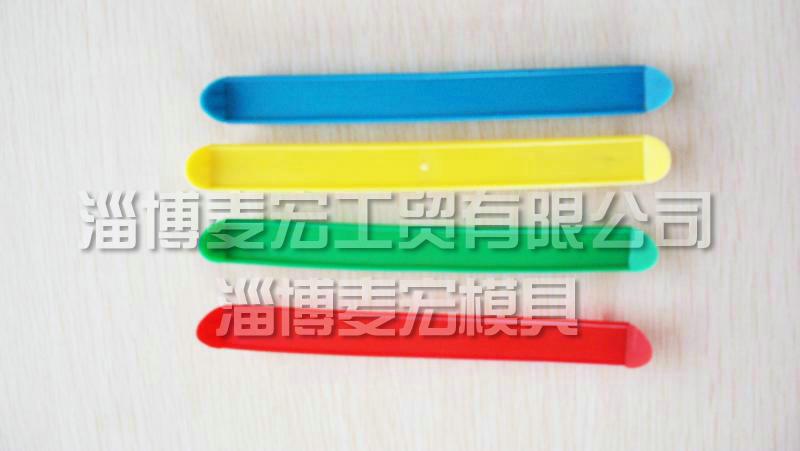 深圳12腔奶箱提手模具批发,奶箱提手模具