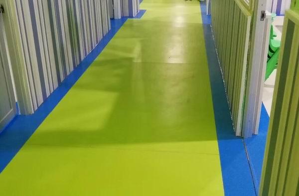 福州pvc幼儿园地板生产「辉腾源供应」