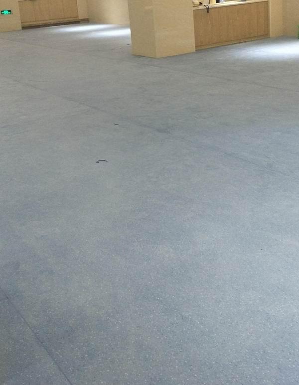 福建商用塑胶地板哪家便宜「辉腾源供应」