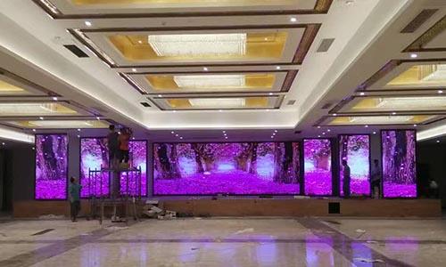 东营户外LED显示屏安装「淄博浩宇光电供应」