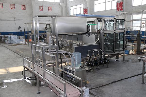 海阳正规桶装水灌装生产线设备哪