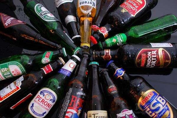 上海啤酒进口清关代理费用 佰棠供应