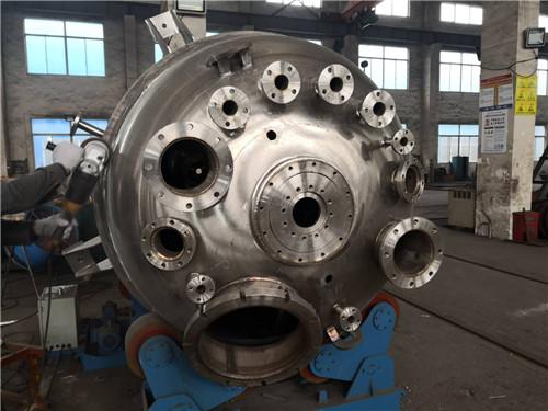 无锡钛反应釜厂家「苏州市新高金属设备制造供应」