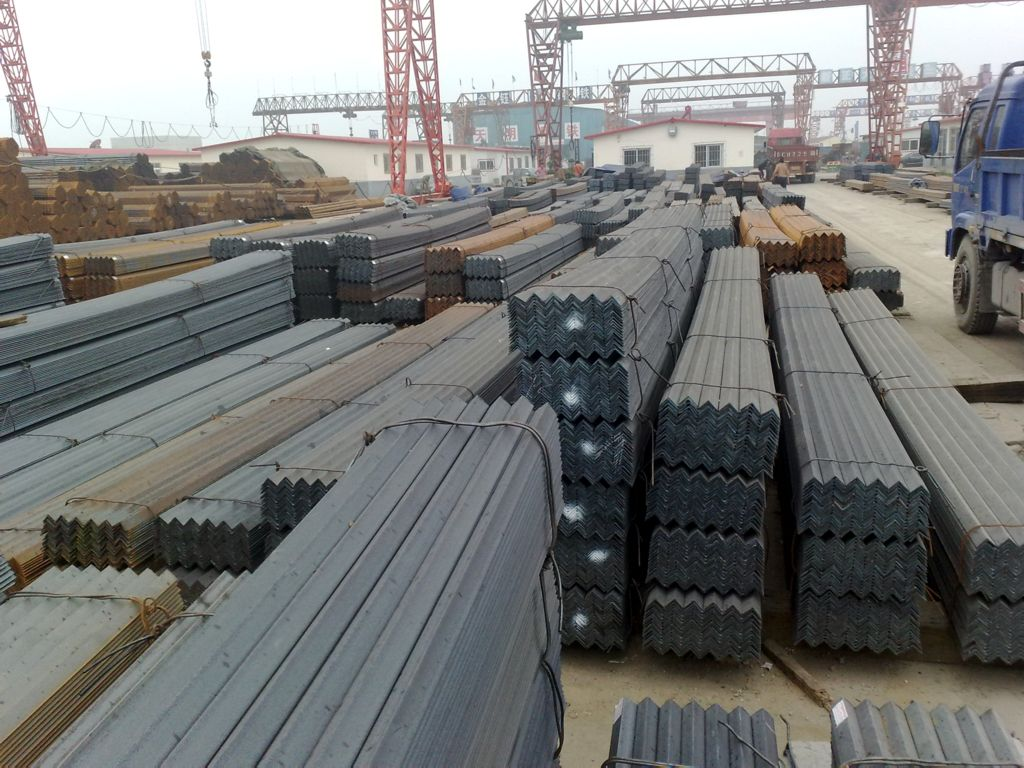 昆明角鋼廠家13888426708 云南貿軒商貿供應