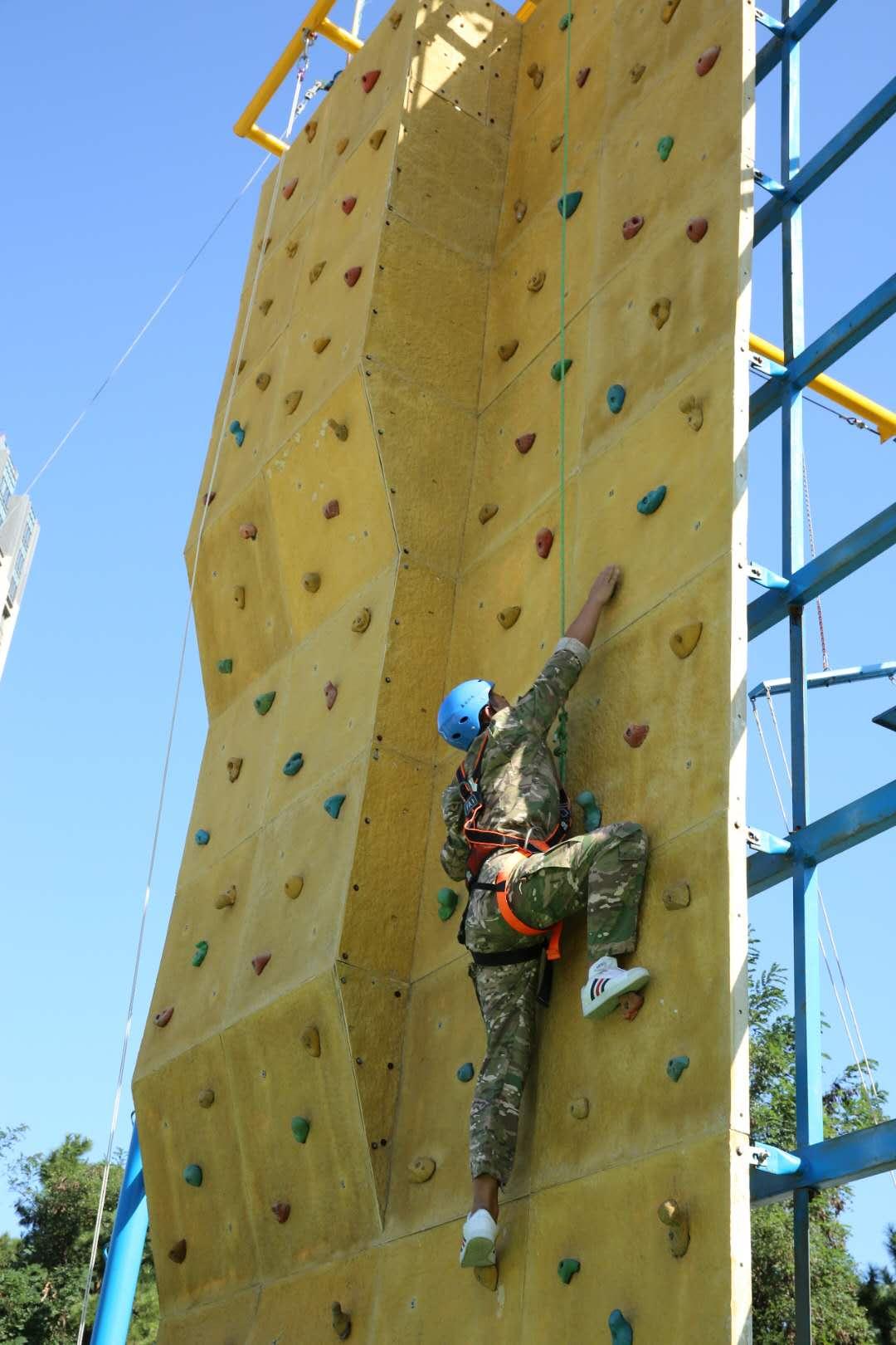 龙口专用攀岩来电咨询,攀岩