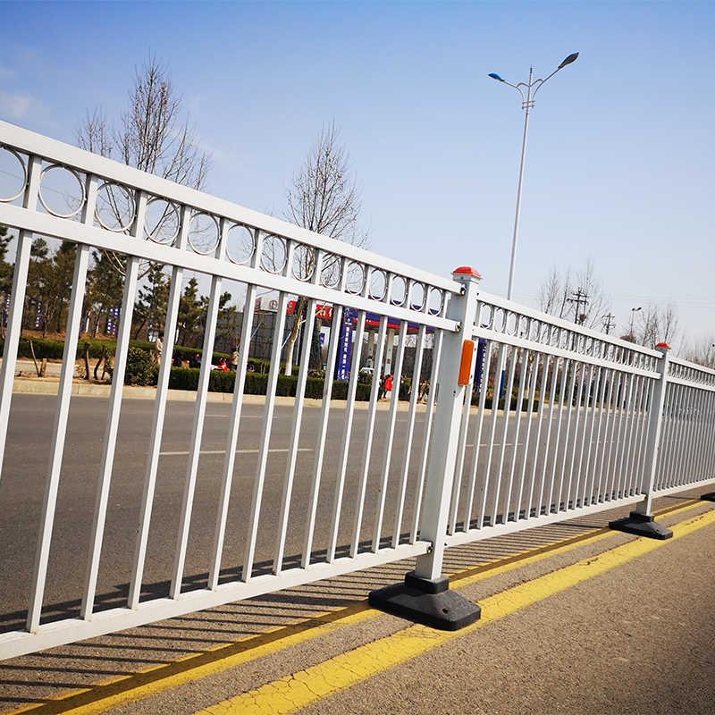 周口护栏哪家规模大,护栏