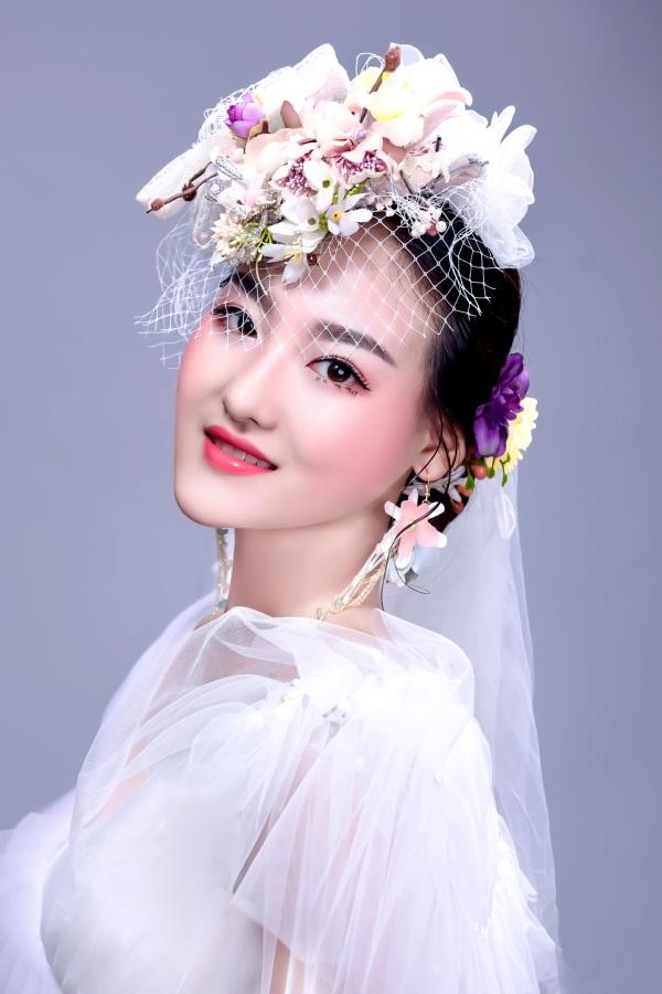 唐河美甲化妆,化妆
