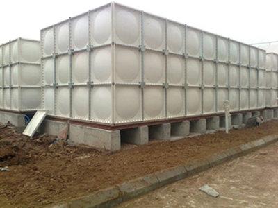 南通玻璃钢水箱安装价格 通州区兴东兴林玻璃钢制品供应